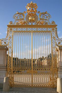 Gilded gate at the Versailles Palace