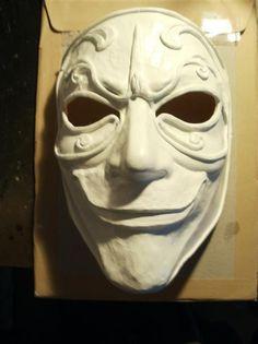 http://www.therpf.com/f9/doctor-who-clockwork-droid-mask-116753/ P8210412 (Medium).JPG;  575 x 768 (@64%)