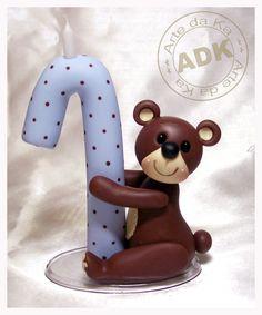 vela urso marrom e azul