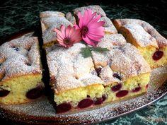 Sponge cake with cherries - Gebu - Kuchen Fall Desserts, No Bake Desserts, Dessert Recipes, German Baking, Cheesecake, Vegetarian Breakfast Recipes, Gateaux Cake, Biscuit Cake, Dessert For Dinner