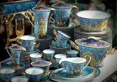 Versace Dinnerware Set-Tresors de la Mer from eLuxury-Group E-Store. Shop Gianni Versace Designs, Versace Home Collection, Versace Dinnerware, Versace Cutlery, Versace Lamps, Versace Cushions, Versace Giftware, Versace Towels, Versace Rugs and more!