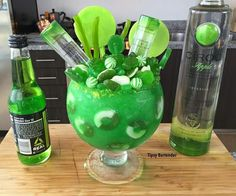 Check out our incredible Apple Ciroc Candy Bowl Cocktail! The Apple Ciroc Candy Bowl Cocktail is made with Ciroc Apple, BLue Curacao, Mango Nectar, Green Apple Soda, and Ice! Candy Drinks, Liquor Drinks, Fun Drinks, Yummy Drinks, Alcoholic Drinks, Craft Cocktails, Beverages, Mixed Drinks Alcohol, Alcohol Drink Recipes