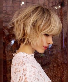 New Hair Trends 2017 details are here. When it comes to hair, you have to remain updated. These New Hair Trends 2017 will help and guide you.