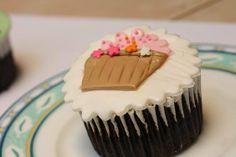 Cup cake fondant (keranjang bunga)