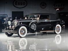1931 Rolls-Royce Phantom II Croydon Convertible Coupe by Brewster Retro Cars, Vintage Cars, Antique Cars, Vintage Shoes, Automobile, Bentley Rolls Royce, Rolls Royce Phantom, Best Classic Cars, Croydon