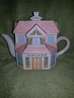 Lenox Village Tea Room Porcelain 1991 Teapot  **MINT ** w/CoA** Teapots And Cups, Teacups, Vintage Tea, Vintage Pink, Modern Teapots, Lenox Village, Teapot Design, Lace Decor, Mad Hatter Tea