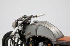 CustomWolf Umbauten Design Konzeption - rau tracker Cafe Racer Honda, Cafe Racer Motorcycle, Cafe Racers, Custom Motorcycle Parts, Custom Cafe Racer, Bike Store, Cool Bikes, Motor Car, Motorbikes