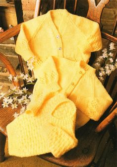 Vintage Baby Knitting Pattern,Cardigans and Sweater, DK, 0 - 24 months Baby Cardigan Knitting Pattern, Jumper Patterns, Baby Knitting Patterns, Baby Patterns, Knitting For Kids, Double Knitting, Knitting Yarn, Knitting Needles, Free Baby Stuff