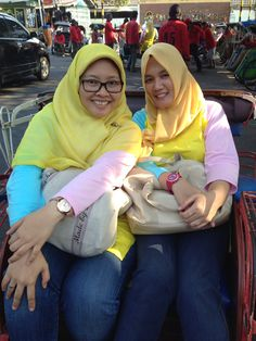 Hop on Becak heading to Malioboro yogya