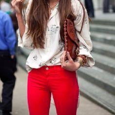 Osada y rebelde con unos pantalones rojos! #OhRed!