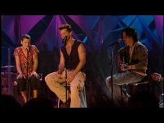 "Music video by Ricky Martin Feat. La Mari de ""Chambao"" performing Tu Recuerdo. (C) 2006 Sony Music Entertainment Netherlands B.V. / MTV Networks Latin America Inc."