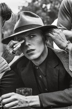 David Bowie shooting the final scene at Butterfield's restaurant on Sunset Boulevard, Los Angeles.