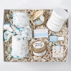 bridesmaid gifts, bridesmaid gift box, luxury floral bridesmaid robes, bridesmaid proposal, be my bridesmaid