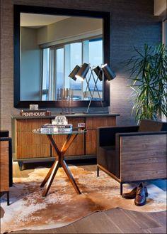 mueble de fondo y espejo