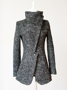 Cheap wool overcoat mens, Buy Quality wool brush directly from China overcoat wool men Suppliers: Abrigos Mujer European Winter Women Woolen Coat Faddish Lapel Collar Wool Overcoat Manteau Femme Features: &nbs Mode Outfits, Winter Outfits, Winter Clothes, Look Fashion, Womens Fashion, Winter Mode, Funnel Neck, Mode Inspiration, Mode Style
