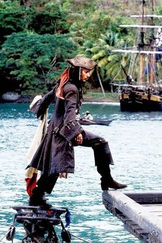 "Johnny Depp in character as ""Captain Jack Sparrow"" in a production still from ""Pirates of the Caribbean: The Curse of the Black Pearl"", 2003 Captain Jack Sparrow, Film Pirates, Charles Vane, Johny Depp, Cinema, Killian Jones, Pirate Life, Film Serie, Pirates Of The Caribbean"