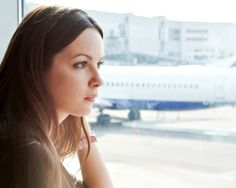 Pack these travel health tips to take on your next trip so you can avoid everything from airplane skin to a travel cold. Daily Glow experts share their beauty travel advice so you can look and feel great when you land.