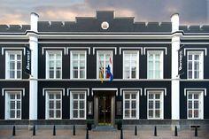 arrest hotel is a penitentiary redesign by van der valk