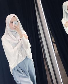 Ootd Hijab, Hijab Chic, Hijab Outfit, Colour Photography, Hijabi Girl, Hijabs, Muslim Women, Mix Match, Pastel Colors
