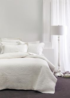Bring timeless elegance to your bedroom with the chic Chantel bedspread set. Made of cotton, which is then delicately quilted, Chantel features a beautiful pattern of vines and flower heads, perfect for adding subtle femininity to your space. White Coverlet, Coverlet Bedding, Linen Bedding, Bed Linen, Comforter, Tree Furniture, Bathroom Kids, Modern Colors, Bedroom Bed