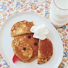 Peanut Butter Poodle Pancakes and 20 kid approved recipes Kids Cooking Recipes, Baby Food Recipes, Kids Meals, Pancake Recipes, Kid Recipes, Kid Cooking, Cooking Tools, Cute Food, Good Food