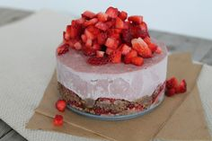 Strawberry Chocolate Mousse Cake (Raw Vegan, Refined Sugar-Free) Recipe on Yummly