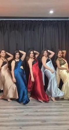 Dance Choreography Videos, Dance Videos, Indian Wedding Songs, Ladies Sangeet, Wedding Dance Video, Beautiful Girl Dance, Cool Dance Moves, Desi Wedding Dresses, Indian Wedding Photography Poses