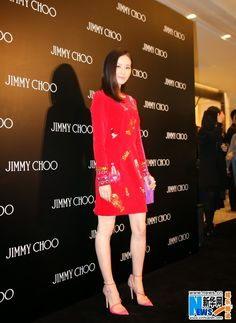 Liu Shishi attends fashion event in Beijing | China Entertainment News