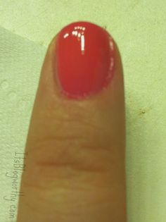 How to clean up nail polish on cuticles - It's Blogworthy | It's Blogworthy
