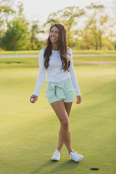 These seersucker bow shorts are perfect in every way! From the length to the front-tie bow, we can't get enough of these babies! Perfect for a day of golf or any spring event, we plan on wearing these