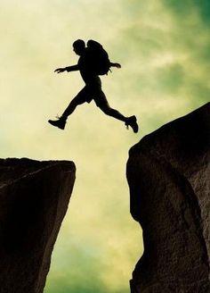 Vê o artigo no tumblr sobre riscos que deves levar em conta ... http://antonioronnebeck.tumblr.com/post/110284891316/o-melhor-e-nao-arriscar-ou-arriscar-pouco