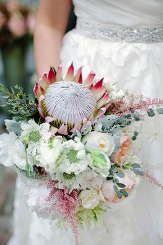 Garden themed winter wedding   Photo by The Nichols   Read more - http://www.100layercake.com/blog/?p=67856