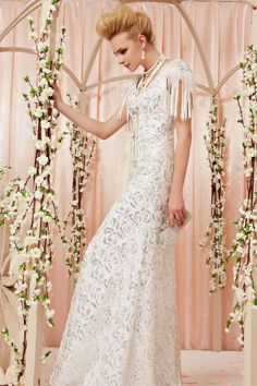 osell wholesale dropship Lace Beading Scoop Capped Sleeves Brush Train A Line Evening Prom Dress $230.69