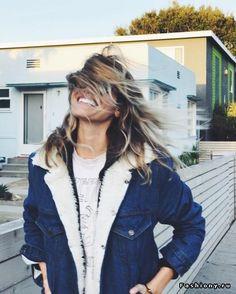 Cozy fleece lined denim jacket. Fall Winter Outfits, Autumn Winter Fashion, Fur Lined Denim Jacket, Denim Jackets, Super Moda, Mode Outfits, Mode Style, Vogue, Look Cool