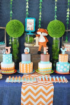 Adorable woodland fondant cake toppers