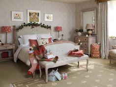 With guests coming to stay over the Christmas period you can very easily make your guest room look festive! Add Ivy and red textiles to warm up the room. Susie Watson, Vintage Tea Parties, Christmas Interiors, Red Christmas, Vintage Christmas, Christmas Decor, Table Linens, Home Collections, Guest Room