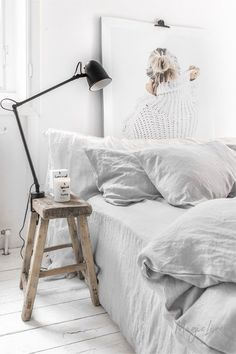 Give your bed an elegant makeover with our linen duvet sets. Bed Linen Sets, Linen Duvet, Duvet Sets, Linen Pillows, Duvet Cover Sets, Bed Linens, Linen Fabric, Linen Bedroom, Black Bed Linen