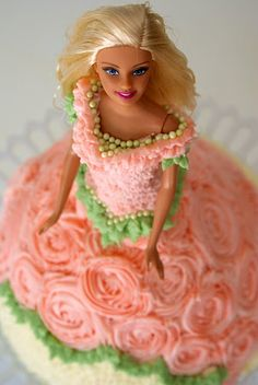 Barbie doll Cake My mother had one of these made for my Birthday when I was Thanks Mom Homemade Birthday Cakes, Cupcake Birthday Cake, Happy Birthday Cakes, Cupcake Cakes, Brithday Cake, Fruit Cakes, Cakes To Make, How To Make Cake, Bolo Barbie