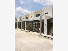 Casa en venta Buenavista 2da Secc, Centro, Tabasco, México $1,250,000 MXN | MX16-CH4774