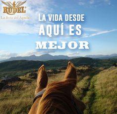 Disfruto la vida al máximo junto a mi caballo y con mis #BotasRudel.