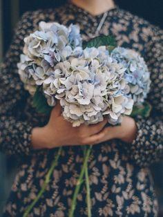 flowers in hands №1