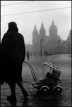 Leonard FREED :: Winter in Amsterdam, 1964