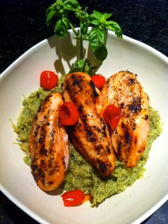 ThreeDietsOneDinner - Paleo Recipes to fit every diet - Paleo Weight Loss - Optimal Nutrition: PESTO PASTA & GRILLED LEMON CHICKEN