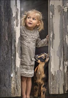 Pinned onto Photography Board in Photography Category Animals For Kids, Baby Animals, Cute Animals, Funny Baby Photography, Baby Goats, Beautiful Children, Friends Forever, Animal Kingdom, Pet Birds