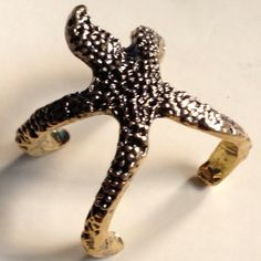 Unique STARFISH Ring Size 7 BRAND NEW  I love this a lot