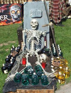 Skelett - schöner Tod - Foto: S. Hopp
