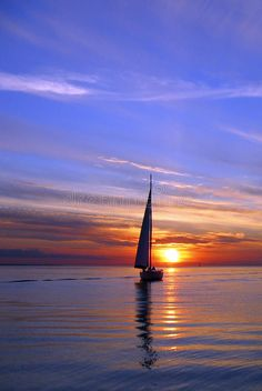 Sailing into the sunset. The setting sun and a sailboat makes for a peaceful sce , Sailboat Painting, Sunset Photography, Beautiful Sunset, Landscape Photos, Nature Pictures, Strand, Photo Art, Sailing, Sunrise