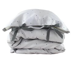 Toddler Bedding set solid ivory cotton by ColetteBream on Etsy Toddler Duvet, Toddler Pillowcase, Handmade Bed Linen, Have A Sweet Dream, Childrens Beds, Baby Boy Rooms, Baby Sleep, Linen Bedding, Pure Products