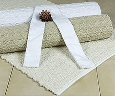 Beautiful Dhurrie Bath Mats give a very natural feel. Adds something different to the bathroom. Linen Fabric, Linen Bedding, Cotton Sheets, Retail Shop, Bath Mats, Soft Furnishings, Bath Towels, Blankets, Weave