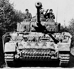 Panzerkampfwagen IV Ausf H  mounted with Soviet T-34's tracks for additional protection. | World War 2 | Tanks
